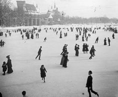 Skaters enjoying the winter of 1907 at the City Park Ice Rink in Budapest, Hungary Central Park, Old Pictures, Old Photos, New York Photos, Budapest Hungary, Park City, Ice Skating, Historical Photos, Skate