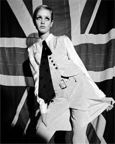 Remember this face?  Patriotic Twiggy, 1966 byTerence Donovan