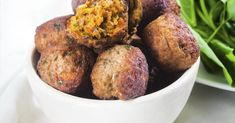 Vegan κεφτεδάκια από την Αργυρώ Μπαρμπαρίγου   Δεν χρειάζεται να σας λείπουν πια τα κεφτεδάκια αν ακολουθείτε vegan διατροφή! Δοκιμάστε αυτά! Food Categories, Tandoori Chicken, Baked Potato, Potatoes, Vegan, Baking, Healthy, Ethnic Recipes, Potato
