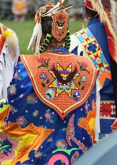 Shakopee Mdewakanton Pow Wow by Kim Goetzinger, via Flickr