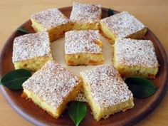 Bögrés-barackos kevert süti | NOSALTY Cornbread, Ethnic Recipes, Food, Yogurt, Millet Bread, Meals, Corn Bread, Yemek, Sweet Cornbread