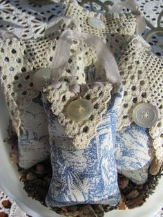 My Shabby Chateau: Toile and Vintage Lace Sachets