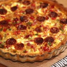 Tart with 3 peppers and chorizo - cuisine - pies pies recipes aux pommes salees soleil Mexican Dinner Recipes, Meat Recipes, Mexican Food Recipes, Snack Recipes, Cooking Recipes, Healthy Recipes, Vegetarian Recipes, Quiche Recipes, Casserole Recipes