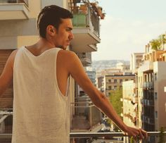 SimplyMe. #sunny #day #relax #balcony #summer #comingsoon #tan #photo #photography #canon #eos #eos700d #blue #sky #nikon #catania #fashion #italian #italianboy #fitness #body #moda #hair #tumblr #iphone  #travel http://tipsrazzi.com/ipost/1507490777374100606/?code=BTrrt__j4x-