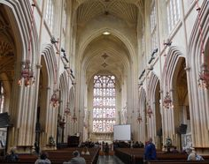 http://www.coolplaces.co.uk/system/images/71/bath-bath-abbey-monuments-71-large.jpg
