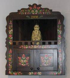 Painted cupboard by Szabolcs Kovacs, Matyo Museum, Mezokovesd