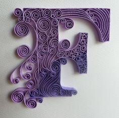 Initiale. Carte toute occasion , papier roulé ou quilling, fait main 3D