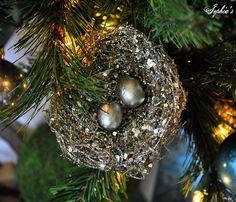 Sophia's: Garden-Inspired Christmas Tree