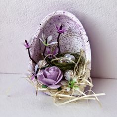 Arts And Crafts Style Furniture Easter Arts And Crafts, Diy And Crafts, Basket Crafts, Diy Ostern, Easter Table Decorations, Art N Craft, Egg Art, Deco Table, Easter Wreaths