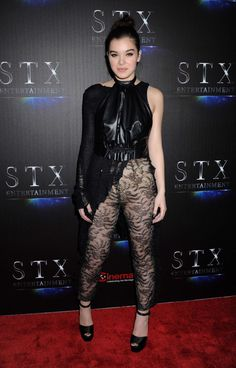 Beautiful Female Celebrities, Gorgeous Women, Hailey Steinfeld, Sexy Dresses, Lady, Actresses, Womens Fashion, Clothes, Outfits