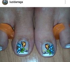 New Nail Art Design, Nail Art Designs, Erika, Hair Beauty, Nails, Lady, Pretty Pedicures, Wire, Stickers