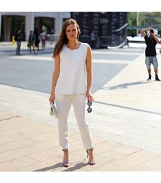 White top, White Linen Pants. Casual outfit done right! Natasha ...