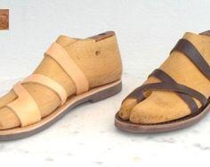 Sandalias de cuero romano griego para los por AnaniasSandals