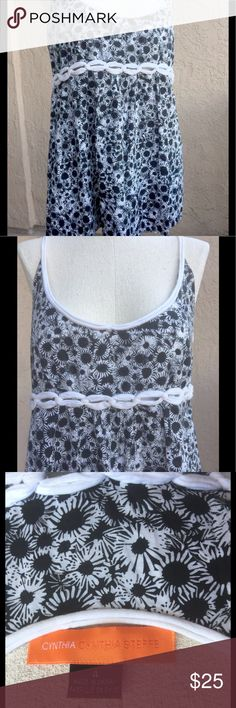 """CYNTHIA CYNTHIA STEFFE TOP 4 COTTON BLACK WHITE This good condition Cynthia Cynthia Steffe top features an 11"""" side zipper for easy on and off.  It's 100% cotton and the bust is lined with 100% cotton.  It measures 16.5"""" across the bust, 16.5"""" across the waist, 19"""" across the bottom, and is 17"""" long.  It's 26.5"""" long from the top of the strap. Cynthia Steffe Tops"""