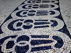 CALÇADA PORTUGUESA, Chiado, Lisboa.