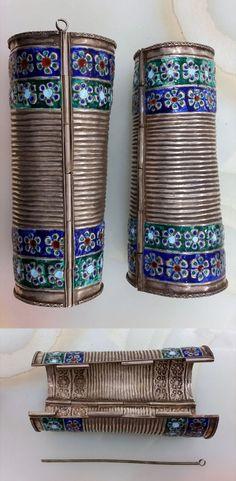 Uzbekistan | Pair of silver and enamel bracelets | 1'680$
