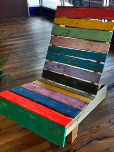 reclaimed pallet chair