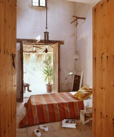 Images of a simple, bohemian life always attract my soul. But I'm not there yet...
