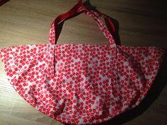 Baby Wiegetuch nähen Geschenk für die Hebamme Anleitung Wiegematte DIY #UniKati89