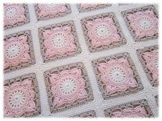 Granny pattern in 500 block book Crochet Square Blanket, Granny Square Crochet Pattern, Crochet Diagram, Crochet Squares, Crochet Granny, Baby Blanket Crochet, Crochet Motif, Crochet Baby, Crochet Patterns