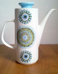 Beautiful mid century design coffee pot for sale on Etsy UK - J Meakin Studio 1965  Aztec Coffee Pot by JuniperRetro on Etsy, £14.99