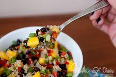 Salada de quinua, feijão preto e manga | Priscila Di Ciero