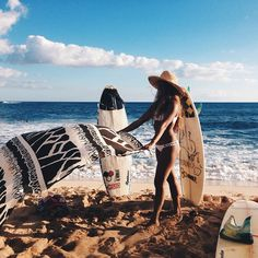 Kona Bikini Top All you need in a bikini and nothing more. Our signature Kona Top is a modern take on the classic triangle bikini design. FixedTriangle™ construction makes for hassle free adventuring