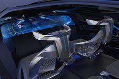На автосалоне в Шанхае состоялась мировая презентация концепта Chevrolet-FNR. Прототип, разработанный техническим центром PATAC, передвигается на электротяге мотор-колес и может брать управление на себя.