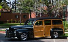 1947 Ford Station Wagon - black