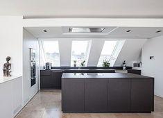 Cool Interior Ideas For Modern Apartment 30 Open Plan Kitchen Living Room, Loft Kitchen, Kitchen Room Design, Attic Apartment, Apartment Interior, Apartment Design, Simple Interior, Interior Design, Interior Ideas