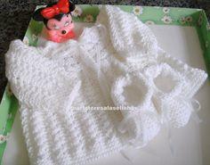 Conjuntinho em tricot para bebê
