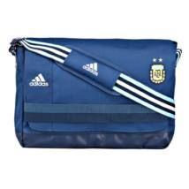 Te melyik csapatnak szurkolsz? Szereted a focit?  vagy inkább az amerikai foci a kedvenced? Bags, Fashion, Handbags, Moda, Fashion Styles, Fashion Illustrations, Bag, Totes, Hand Bags