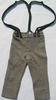Birabiro Oliver Twist style Woolen Pants for Little Boys - A tailored woolen tweed pants for boys, that can be worn with a pair of braces. Great for the cold winter months ahead of us to keep your lil ones warm. For the real country look wear them with a pair of long johns ! Smart with a pair of classic jacket and smart shoes or with a chunky sweater and boots! http://www.etsy.com/shop/Birabirokids