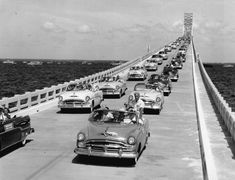 petersburg fl - Cars cross over the Sunshine Skyway during opening ceremonies on Labor Day in 1954 Clearwater Florida, Sarasota Florida, Old Florida, Vintage Florida, Map Of Florida Beaches, Sunshine Skyway Bridge, Florida Sunshine, Sunshine State, Tampa Bay Area