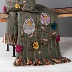 {Owls Throw}