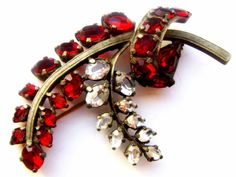 Brooch Europe Time Art Nouveau. A huge branch of от ODMIVINTAGE