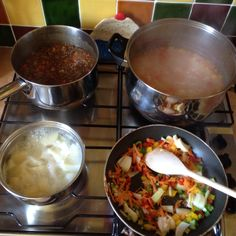 Mince, mash, veg soup, bolognaise & chilli all prepped for the week.