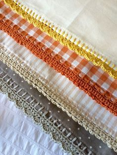 """lovecrochetcom: """"Crochet Club: free crochet edging tutorial with Kate Eastwood of Just Pootling! Diy Tricot Crochet, Mode Crochet, Crochet Crafts, Easy Crochet, Crochet Stitches, Crochet Projects, Sewing Projects, Crochet Edgings, Crochet Socks"""