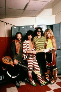 Van Halen Great show with Bonnie and Brenda 1985.