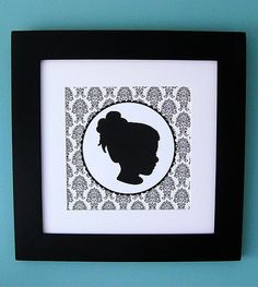 I have two oval picture frames I've been wanting to do silohettes in for over a year.  Love this.