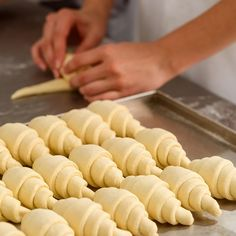 Flaky, buttery and a true labor of love: Learn how to make croissants with our foolproof guide! Homemade Croissants, Homemade Pastries, Homemade Breads, Making Croissants, New Recipes, Baking Recipes, Favorite Recipes, Butter Croissant, Chicken Salad Croissant