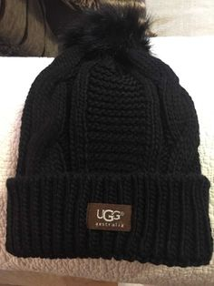 UGG Womens Black Solid Ribbed Fleece Lined Winter Beanie Hat With Pom Pom   fashion   d19663184