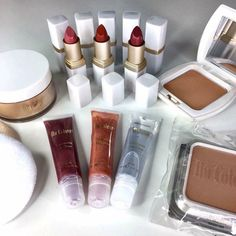 Are Cosmetics are impressive plus they all have anti-aging minerals and anti-aging properties will reverse the look of fine lines and wrinkles order now by messaging me Homemade Moisturizer, Anti Aging Moisturizer, Mascara, Anti Aging Night Cream, Anti Aging Mask, Alcohol Free Toner, Finishing Powder, Best Face Products, Skin Products