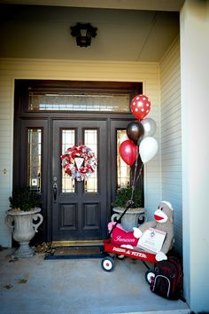 Sock Monkey First Birthday Party!  Oh YES love the porch decorations! Will be making a rag wreath like this for sure!