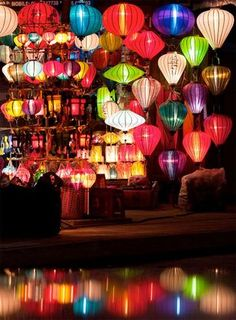 Hoi-An lanterns (Vietnam) Hoi An, Vietnam Voyage, Vietnam Travel, Beautiful World, Beautiful Places, Just Dream, Angkor Wat, Japanese Culture, Belle Photo