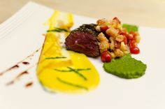roasted hanger steak with corn polenta, heirloom tomato and sea beans