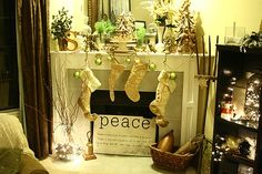 Christmas decor ideas - Click image to find more Holidays & Events Pinterest pins