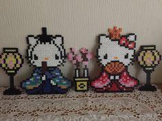 hello kitty hinamatsuri Fuse Bead Patterns, Perler Patterns, Tile Patterns, Beading Patterns, Pearler Beads, Fuse Beads, Sprites, Pixel Beads, Pixel Pattern