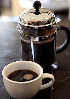 Learn how to use a French press to make a bold full bodied cup of coffee. French press coffee is more flavorful than drip; it's stronger and it's the favorite way to brew of many coffee aficionados.