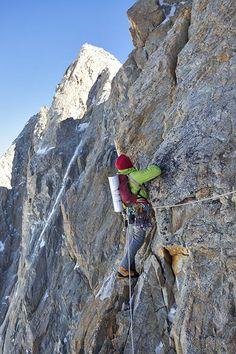 Grandes Jorasses - Manitua // European Climbs — Alpine Exposures